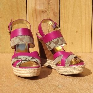 Coach Signature Classic Wedge Sandals Size 7.5